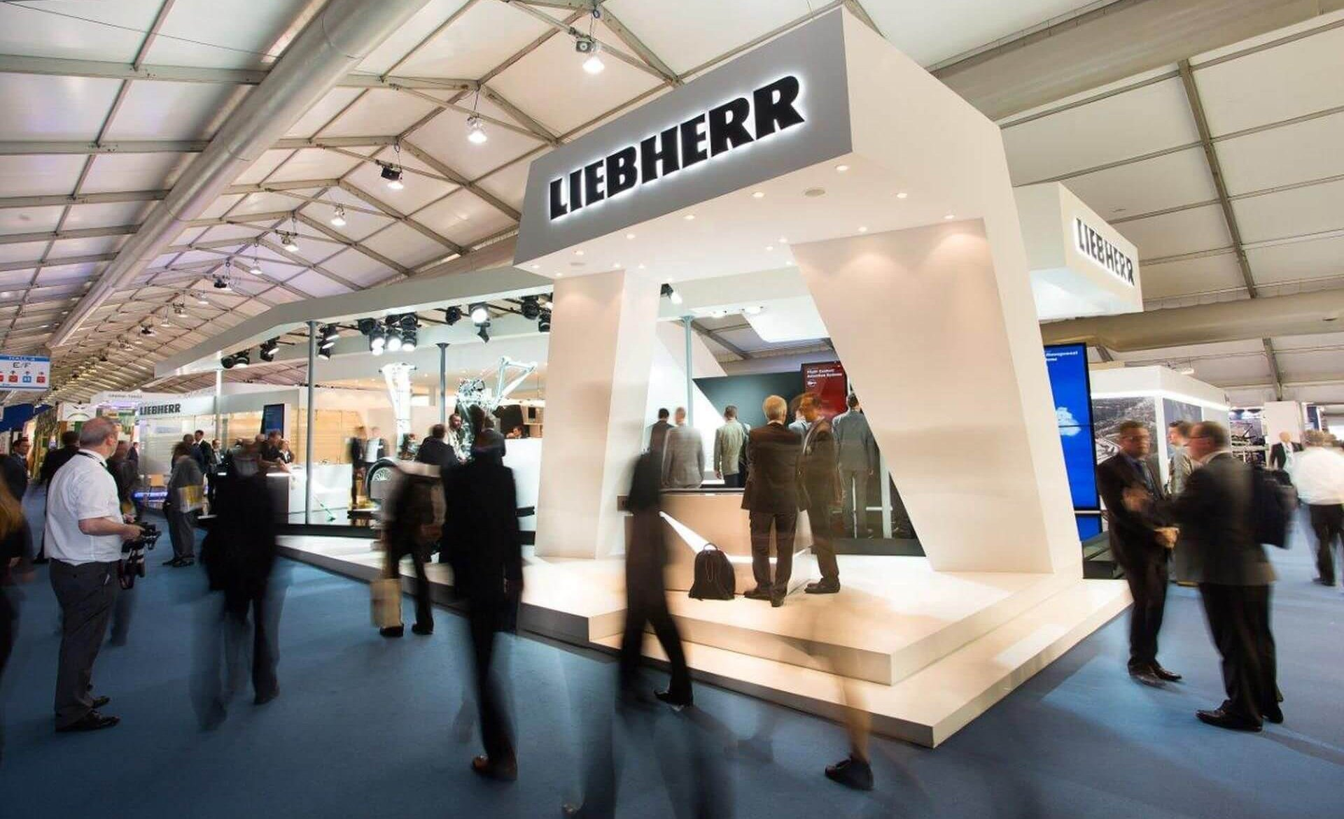 liebherr-aerospace-stand_1920